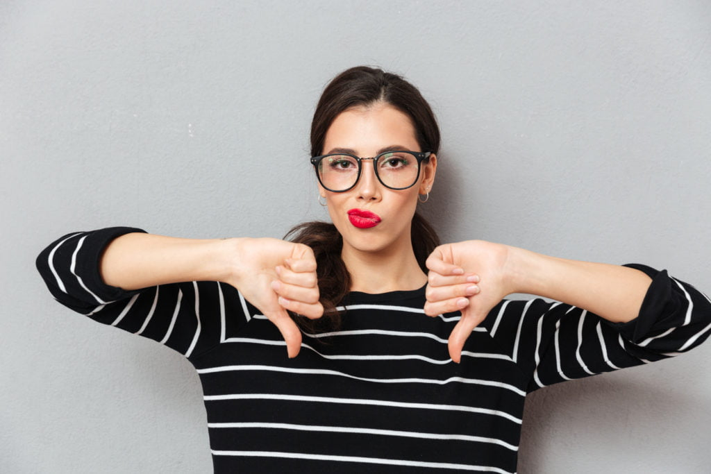 Thumbs-down to résumé red flags and no-no's